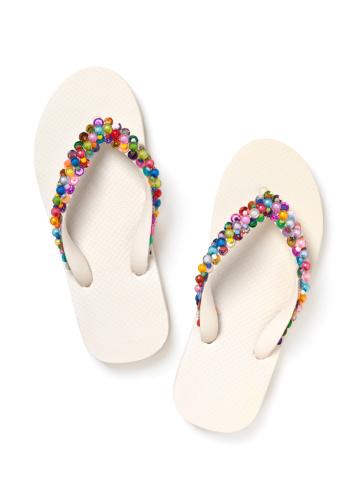 Flip-flop「White Sandals」:スマホ壁紙(16)