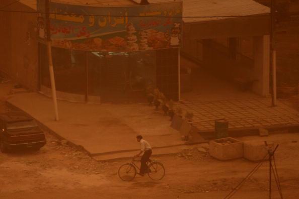 Baghdad「Sandstorm Envelops Baghdad」:写真・画像(16)[壁紙.com]