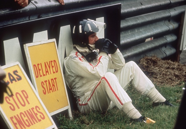 F1レース「Out Of The Race」:写真・画像(10)[壁紙.com]