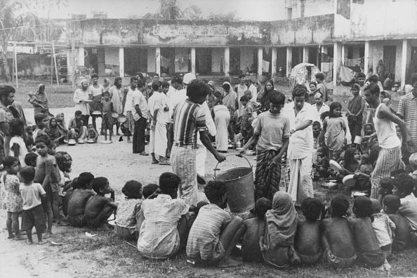 Waiting「Bangladesh Famine」:写真・画像(13)[壁紙.com]