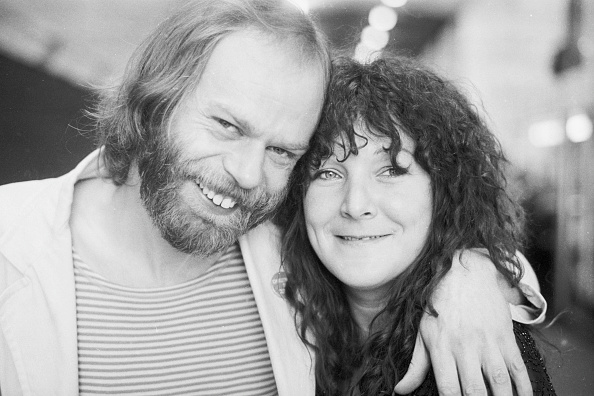 Rock Music「Bob And Maggie」:写真・画像(2)[壁紙.com]