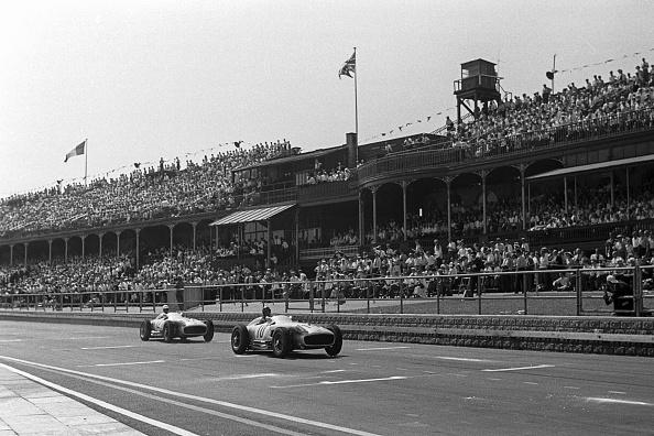 British Formula One Grand Prix「Juan Manuel Fangio, Stirling Moss, Grand Prix Of Great Britain」:写真・画像(8)[壁紙.com]