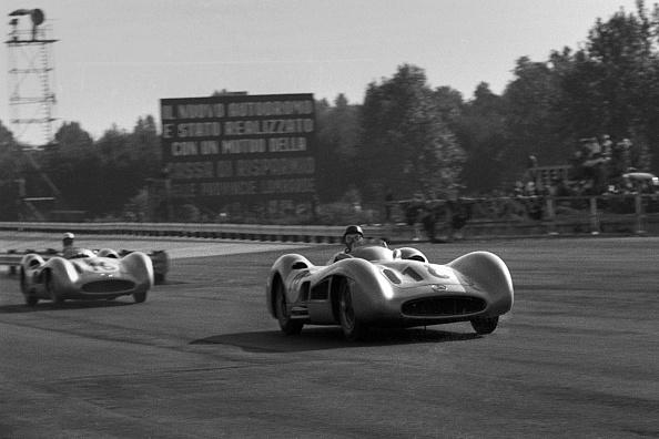 Mercedes-Benz「Juan Manuel Fangio, Stirling Moss, Grand Prix Of Italy」:写真・画像(9)[壁紙.com]