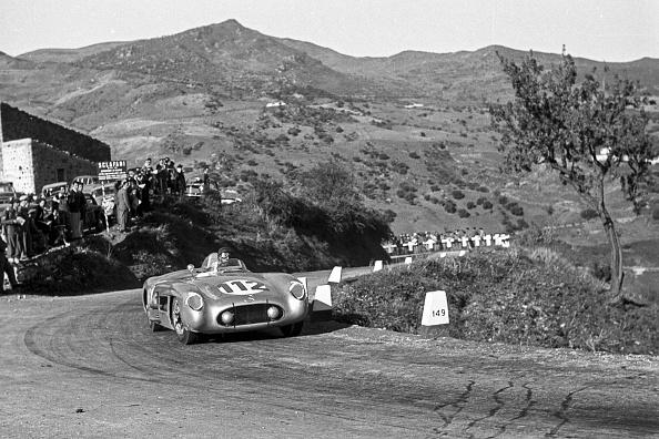 Photography Themes「Juan Manuel Fangio, Targa Florio」:写真・画像(5)[壁紙.com]