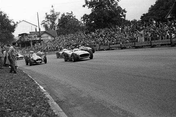 Motorsport「Juan Manuel Fangio, Froilan Gonzalez, Stirling Moss, Karl Kling, Grand Prix Of Switzerland」:写真・画像(14)[壁紙.com]