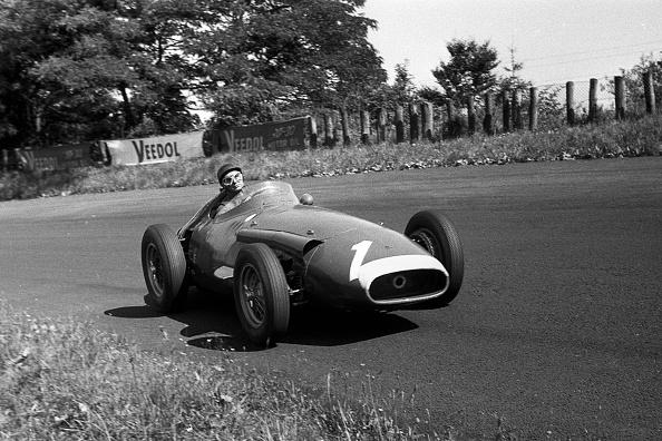 ドイツ「Juan Manuel Fangio, Grand Prix Of Germany」:写真・画像(16)[壁紙.com]