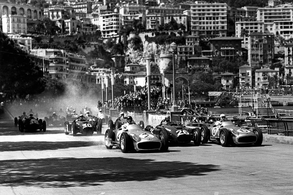 1950-1959「Juan Manuel Fangio, Alberto Ascari, Stirling Moss, Grand Prix Of Monaco」:写真・画像(15)[壁紙.com]