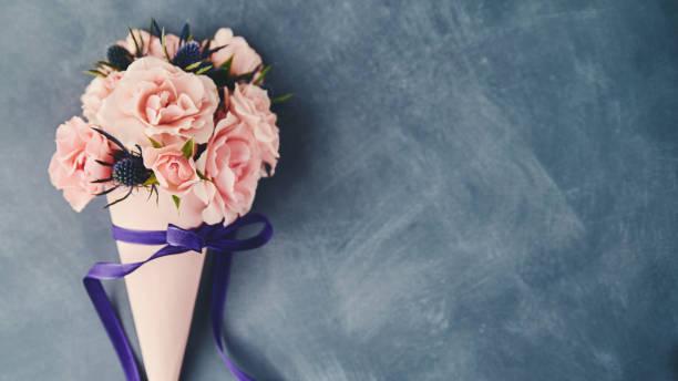 Handmade rose bouquet for Mother's Day:スマホ壁紙(壁紙.com)