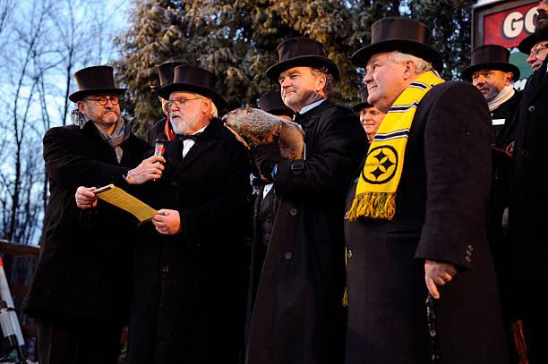 Crowds Gathering On Groundhog's Day For Punxsutawney Phil Tradition:ニュース(壁紙.com)