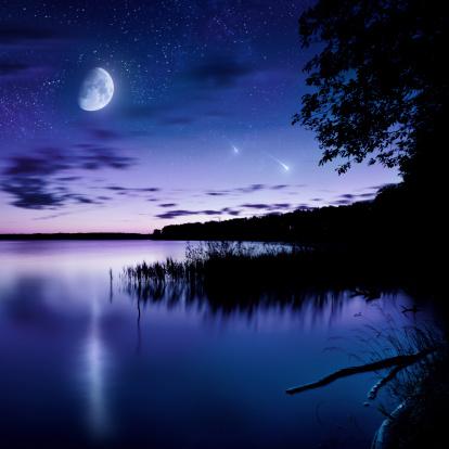 Moon「Night shot of lake」:スマホ壁紙(7)