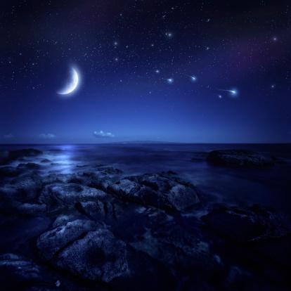 星空「夜の海」:スマホ壁紙(15)