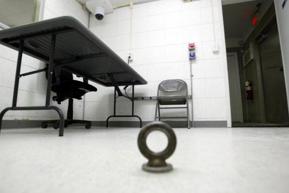 Interrogation「Guantanamo Bay Detainees Held In Legal Limbo」:写真・画像(0)[壁紙.com]