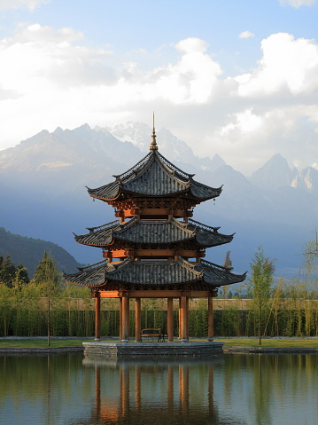 Himalayas「Chinese Pagoda Pavilion with Mountains in Background」:スマホ壁紙(4)