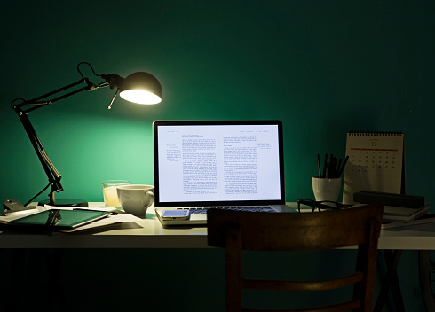 Coffee - Drink「Computer and cell phone illuminated by desk lamp at night」:スマホ壁紙(13)