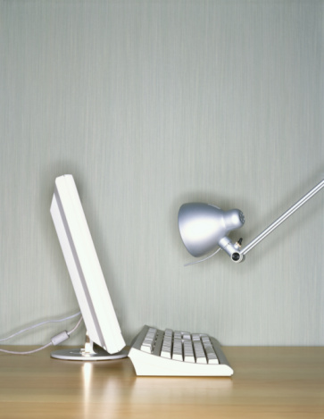 Desk Lamp「Computer and desk lamp」:スマホ壁紙(13)