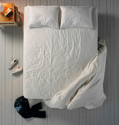Pillow「Empty Bed」:スマホ壁紙(5)