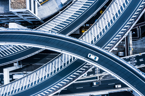 Progress「Aerial photograph of beautifully curved highway.」:スマホ壁紙(10)