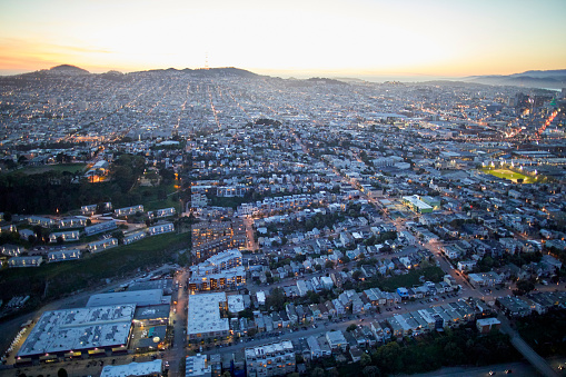 USA「Aerial photography view by Twilight west of Potrero Hill in the San Francisco Bay Area. California, United States.」:スマホ壁紙(16)