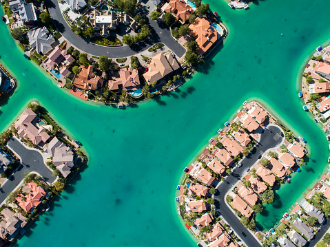 Summer Resort「Aerial photograph of the beautiful lakeside townscape.」:スマホ壁紙(4)