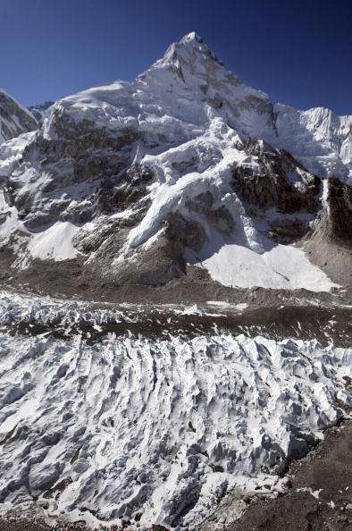 Khumbu Glacier「50 Year Anniversary Of Conquest Of Mount Everest」:写真・画像(4)[壁紙.com]