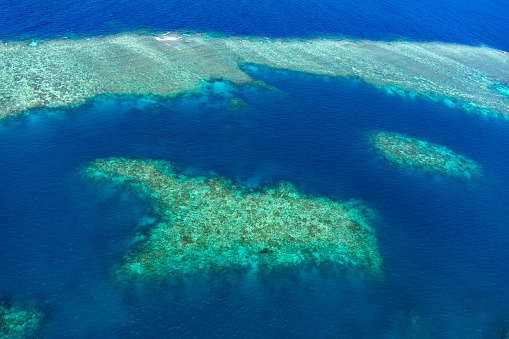 The Nature Conservancy「Aerial photography of the Great Barrier Reef」:スマホ壁紙(7)