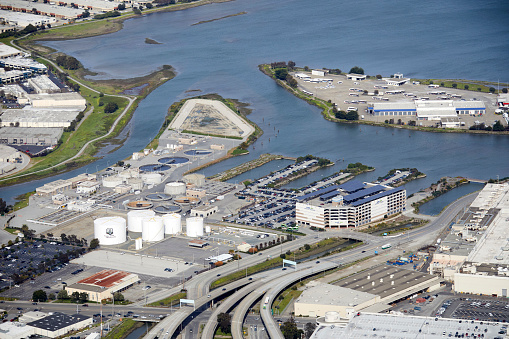 Industrial District「Aerial photography view north of Shell Oil Products near San Francisco Airport, South San Francisco in the San Francisco Bay Area.」:スマホ壁紙(10)