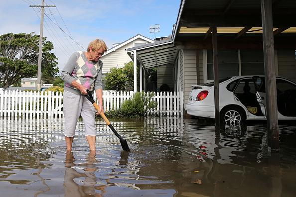 Tony Feder「Severe Storm Continues To Lash New South Wales」:写真・画像(3)[壁紙.com]
