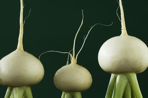 Turnip「Three turnips」:スマホ壁紙(1)