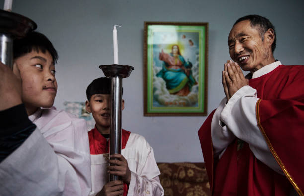 Chinese Christians Mark Holy Week At Underground Church:ニュース(壁紙.com)