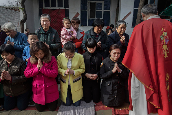 China Photos「Chinese Christians Mark Holy Week At Underground Church」:写真・画像(16)[壁紙.com]