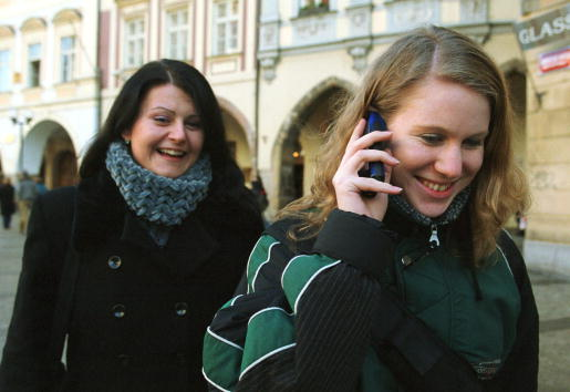 Wireless Technology「Cell Phones Outnumber Landlines in Czech Republic」:写真・画像(5)[壁紙.com]