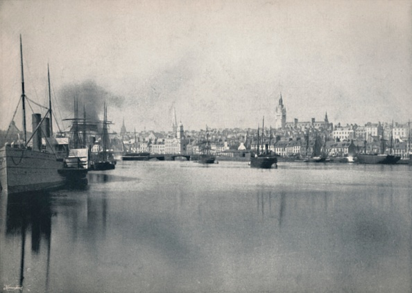 Water Surface「Aberdeen - General View From The River」:写真・画像(12)[壁紙.com]