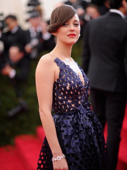 """Embroidery「""""Charles James: Beyond Fashion"""" Costume Institute Gala - Arrivals」:写真・画像(5)[壁紙.com]"""