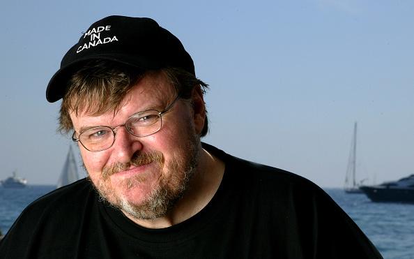 L'Oreal「57th International Cannes Film Festival: Michael Moore Portrait Session」:写真・画像(10)[壁紙.com]