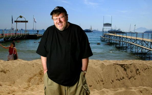 L'Oreal「57th International Cannes Film Festival: Michael Moore Portrait Session」:写真・画像(7)[壁紙.com]