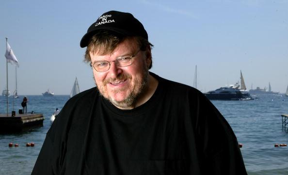 L'Oreal「57th International Cannes Film Festival: Michael Moore Portrait Session」:写真・画像(8)[壁紙.com]