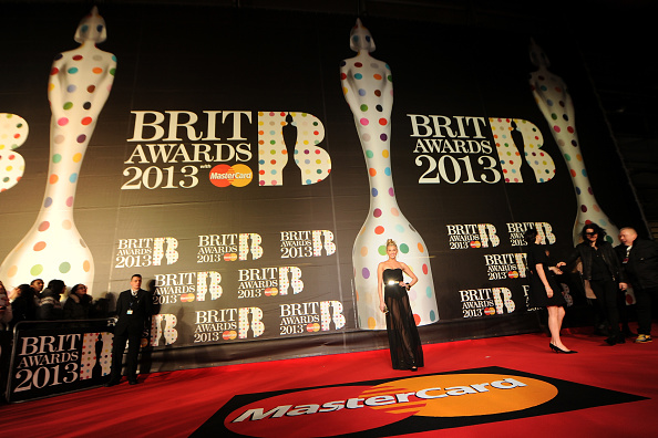Eamonn M「Brit Awards 2013 - Red Carpet Arrivals」:写真・画像(14)[壁紙.com]