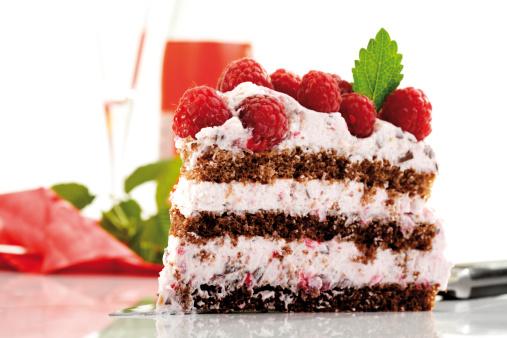 Flan Tart「Raspberry cream cake, close-up」:スマホ壁紙(19)