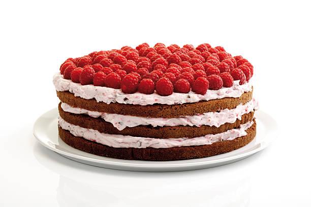 Raspberry cream cake, close-up:スマホ壁紙(壁紙.com)