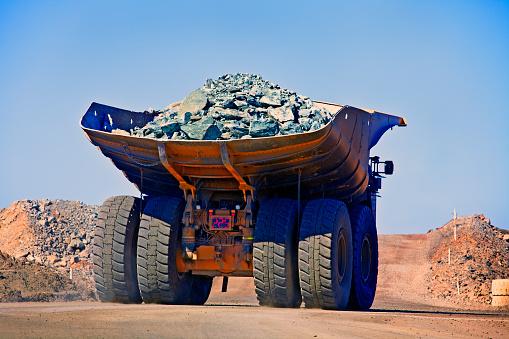 Dirt Road「Dumper truck Western Australia」:スマホ壁紙(2)