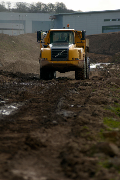 Blank「Dumper Truck on contaminated brownfield land successfully decontaminated and ready for new industrial development, Birmingham, England, United Kingdom」:写真・画像(7)[壁紙.com]