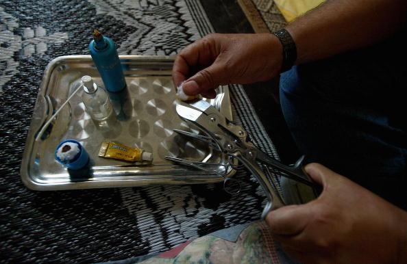 Circumcision「Islamic Male Circumcision Practice」:写真・画像(0)[壁紙.com]