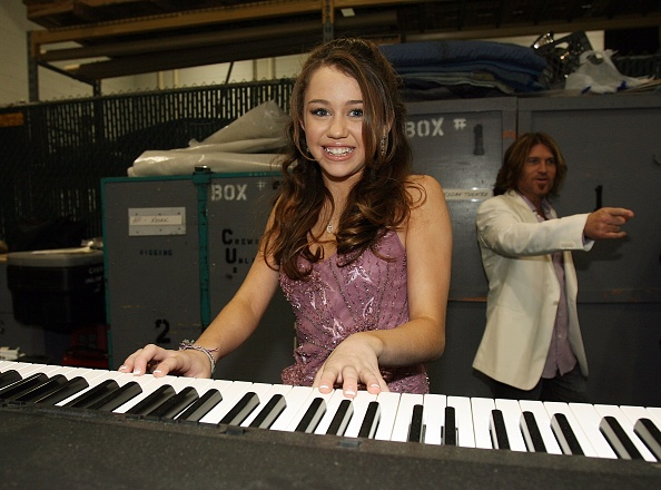 Michael Buckner「41st Annual Academy Of Country Music Awards - Backstage」:写真・画像(9)[壁紙.com]