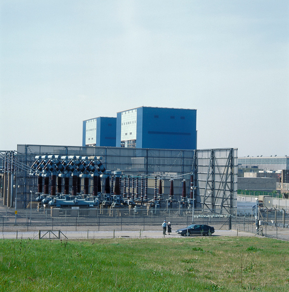 2002「Overview of an electricity power station.」:写真・画像(8)[壁紙.com]