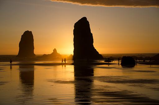 Cannon Beach「Cannon Beach Sunset Splendor」:スマホ壁紙(10)