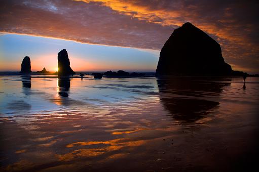 Cannon Beach「Cannon Beach Sunset Splendor」:スマホ壁紙(13)
