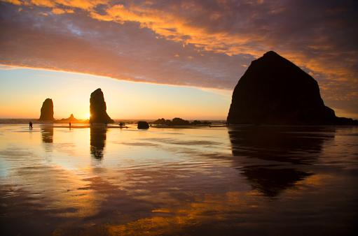 Cannon Beach「Cannon Beach Sunset Splendor」:スマホ壁紙(16)
