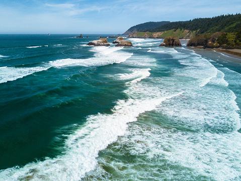 Haystack Rock「cannon beach aerial view」:スマホ壁紙(9)