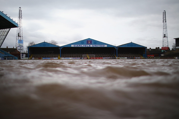 水中写真「Cumbria Counts The Cost Of Flood Damage As The Water Begins To Recede」:写真・画像(19)[壁紙.com]