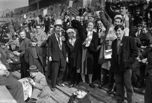 Crowd「Arsenal Fans」:写真・画像(5)[壁紙.com]